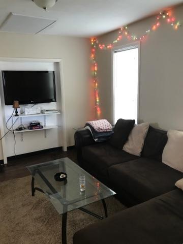 4.5FO-living area